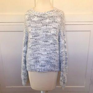 WILD FABLE Fuzzy Gray & White Sweater Medium